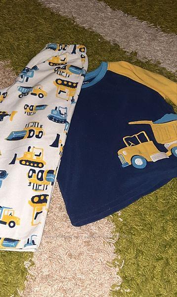 Флісова піжама від Carters на 3/4 роки