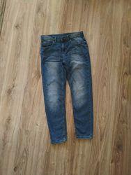 Фирменные джинсы Zara