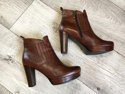 Ботинки женские 23.5см натур. кожа Lasocki