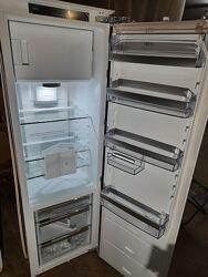 Холодильник под встроенную мебель новый из Германии AEG SFE81826