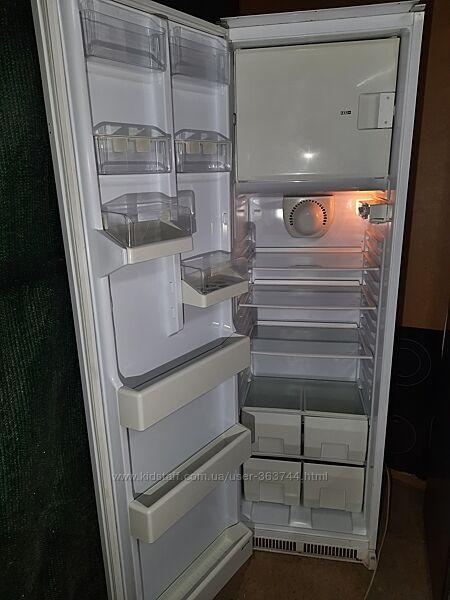 Smeg холодильник под встроенную мебель бу