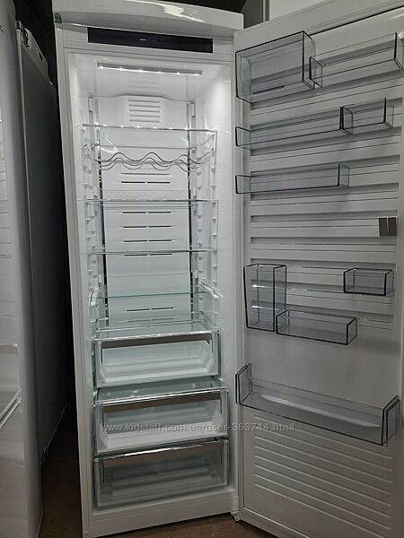 Холодильник Husgvarna  из Германии