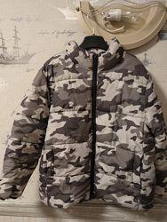 Курточка Crazy8 мальчику 5-6лет