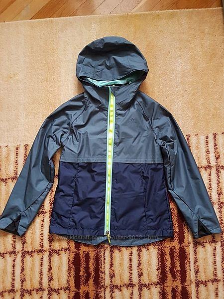 Продам куртку-дождевик Decathlon 10-11 лет
