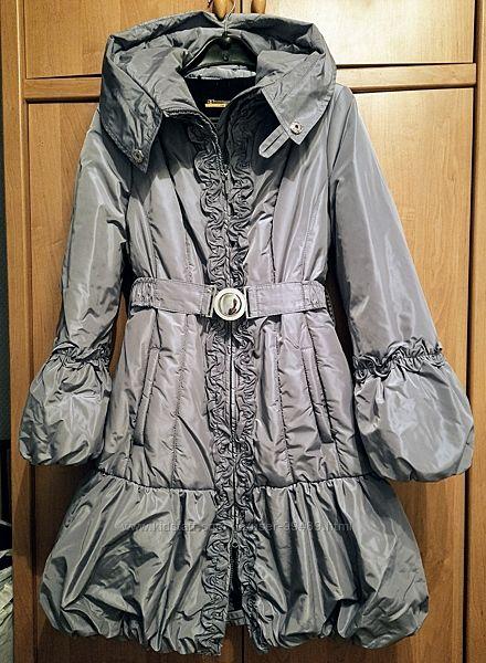 Красивое пальто в идеальном состоянии с мехом AVE EVA разм. М