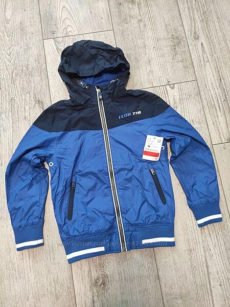 Стильная куртка ветровка c&a 128 см