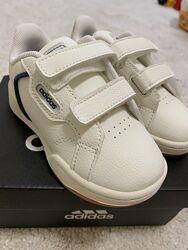 Кросівки Adidas Roguera 1 23р