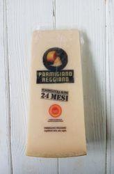 Сыр пармезан Parmigiano Reggiano 24 mesi Италия