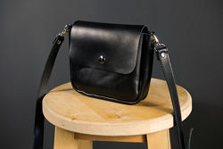 Кожаная сумка через плечо. Женская сумка из натуральной кожи черная