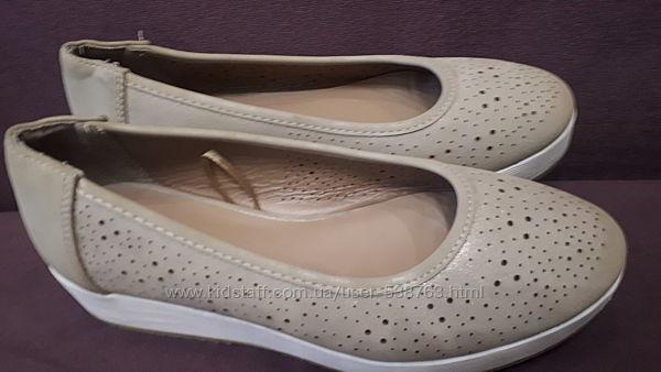 Туфлі в гарному стані. Розмір 36