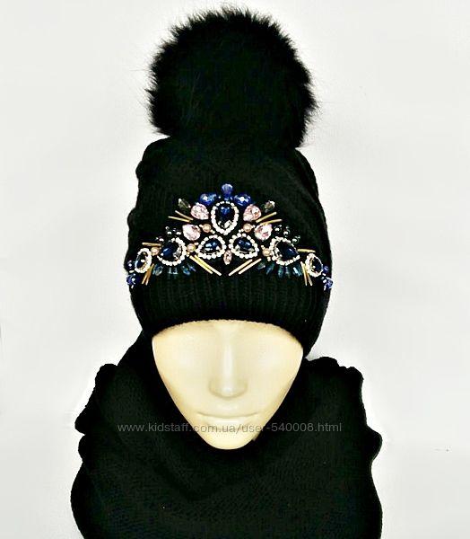 Эффектная женская шапка с вышивкой.