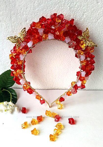 Ободок для девочки с бусинами и бабочками.
