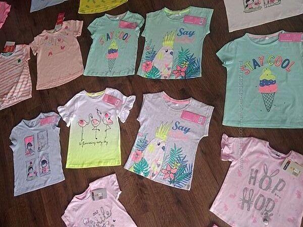 Фірмові футболочки для дівчинки 122р.