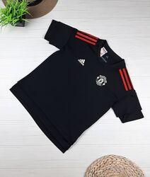 Спортивные футболки от Adidas 9-10 лет, 134-140 см.