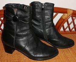 Ботинки зимние натуральная кожа и мех р. 38 ст. 25 см