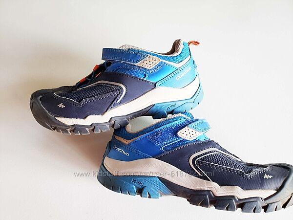 Фирменные кроссовки на мальчика Decathlon в новом состоянии, 30 размер