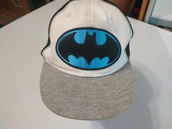 Фирменная стильная кепка Batman  от  Next на мальчика 3-6 лет