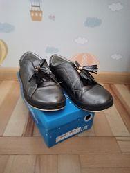Закрытые туфли р.37