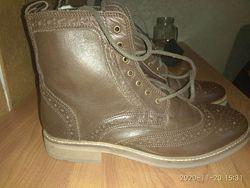 Кожаные ботинки - полусапожки из Англии 40 размер 27см