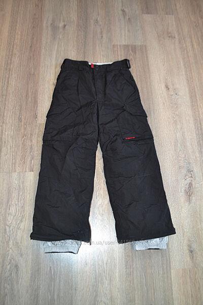 Зимние лыжные штаны ф. Burton р. 10-11 лет в отличном состоянии