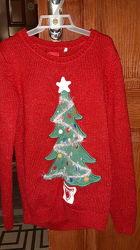 Новогодний свитерок в новом состоянии.