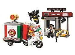 Конструктор Bela Batman 10629, Специальная доставка от Пугала, 221 деталь