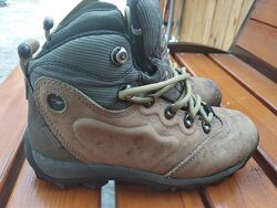 Ботинки HI-TEC 37р. стелька 23.5см