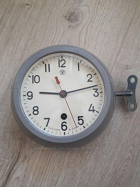 Корабельные часы