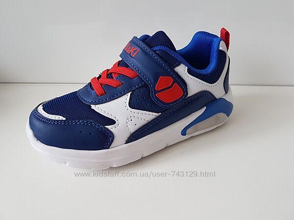 Крутые кроссовки для мальчишек.