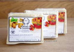 Нежное мыло с миндалем и календулой для деток и мам - E&A. Греция