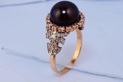 Золотое кольцо 585 с бриллиантами0,41кт. и черным жемчугом