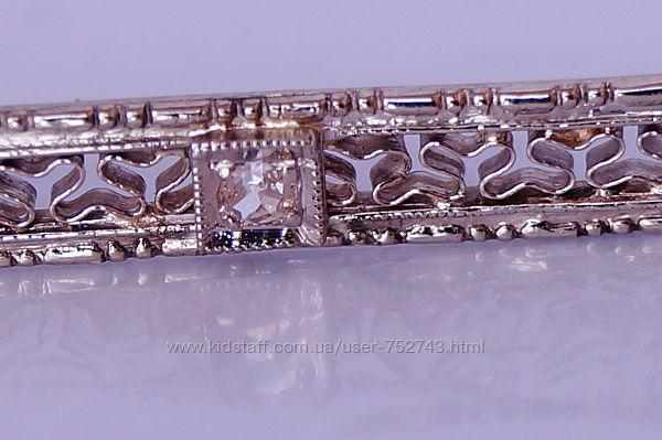 Золотая брошь 585пробы с бриллиантом 0,025кт.