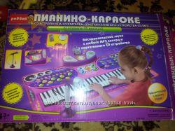 Муз. игровой коврик Touch & play пианино-караоке