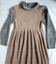 Платье бежевое демисезонное