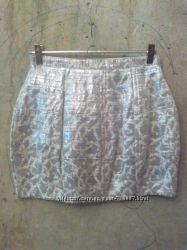 Нарядная мини-юбка серебро, парча river island