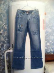 Женские джинсы Латки