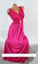 Платье с гипюровым принтом