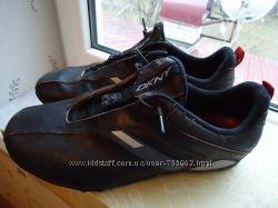 Чоловічі шкіряні кросовки DKNY fb69eebf76369