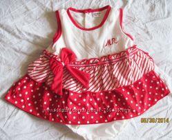 Платья для малышек 6 -9 мес праздничные фирменные новые