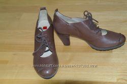 Новые кожаные ботинки HOGL