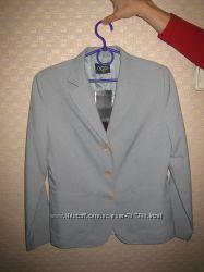 продам красивый костюм OGGI, деловой и не только