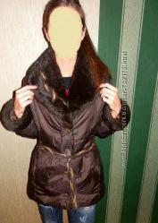 Зимняя куртка шоколадного цвета с воротником 44-46