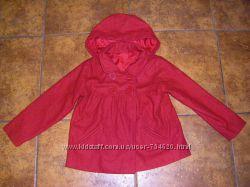 Потрясающее алое пальто и куртка моднице 4-5 лет