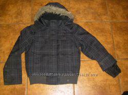 Дизайнерская американская, классные демисезонные куртки  на 140-146