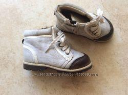 Продам ботинки H&M us5 22
