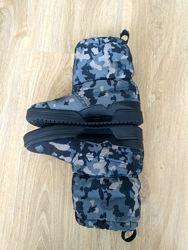 Круті зимові чоботи Adidas 33розмір, стан супер