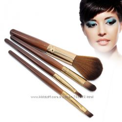 Кисти для макияжа, набор кистей 4 шт. с деревянными ручками