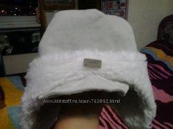 очень теплая шапочка и подарок