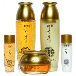 Набор корейской косметики с золотом Yezihu Fermented Herbal Gold Foundation