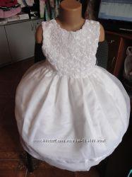 Платье шикарное белоснежное  из США